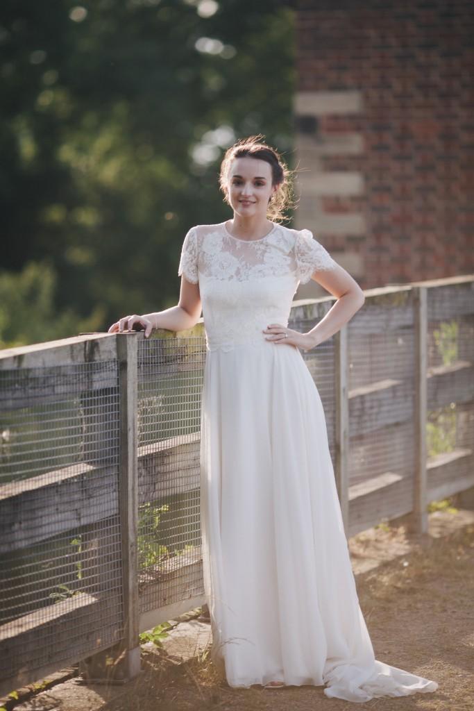 Real Bride Olivia wears Jesus Peiro - Bride posing