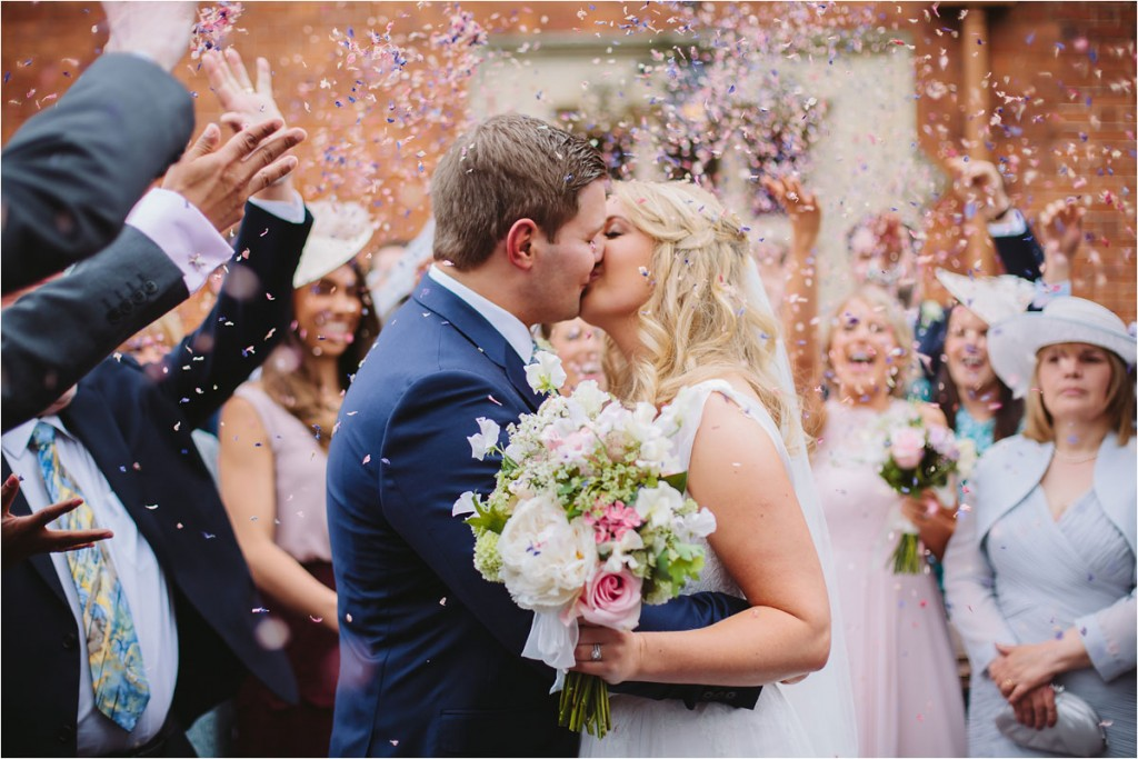 Naomi Neoh real bride clementine - Bride & groom confetti